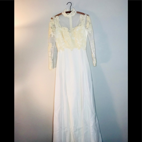 Modern 60s Party Dress Motif - Wedding Dresses and Gowns ...